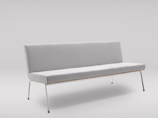 sofa fin producenta marbet style pasuje zarówno do wnętrz publicznych urządzonych w stylu eleganckim jak i wnętrz w stylu loft. Polski design