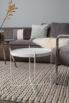 Stolik Cupid biały marmur Zuiver. Modny stolik kawowy do wnętrz w stylu skandynawskim. Stolik kawowy do szarej sofy