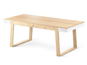 Stół z naturalnego drewna Magh.