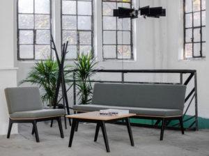 Sofa Fin - aranżacja w kolorze szarym