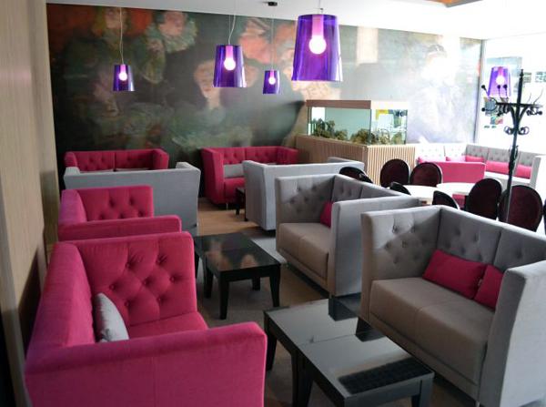 komfortowe sofy do restauracji