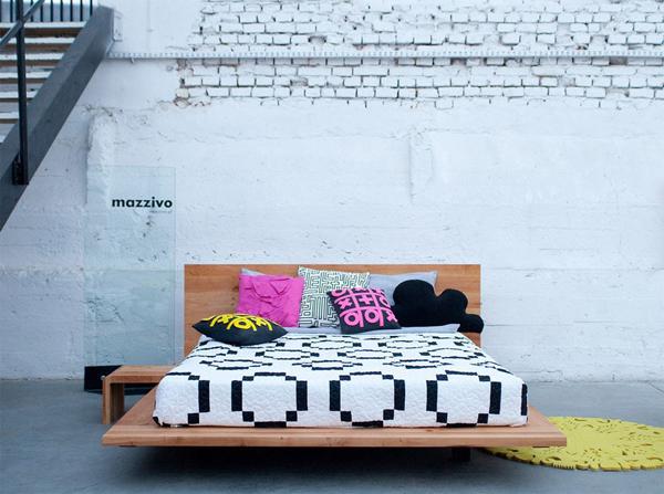 łóżko z drewna litego o unikalnym, niebanalnym designie. Łózko polskiego producenta Mazzivo