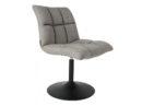 Krzesło Mini Bar producenta Dutchbone. Krzesło barowe longe chair tapicerowane w kolorze jasnoszarym. Nowoczesne i stylowe krzesło barowe