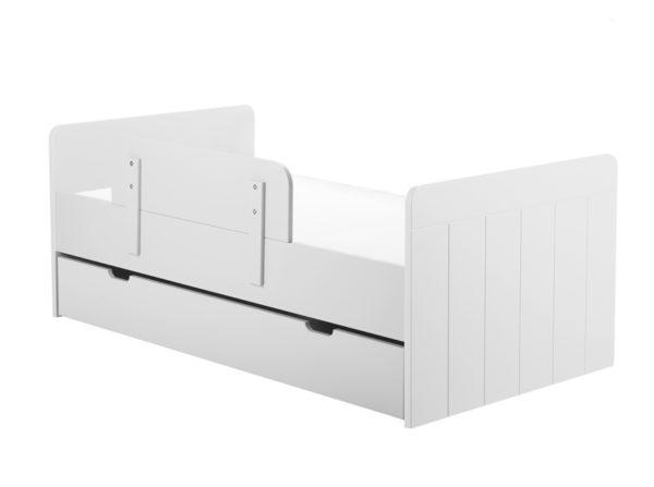 Łóżeczko Calmo Pinio w kolorze białym po zmianie w tapczanik. Łóżeczko na wiele lat dla naszego dziecka