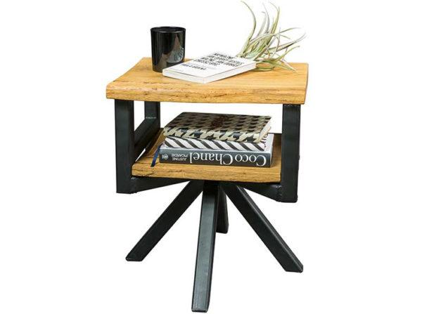 Stolik nocny w stylu rustykalnym i loftowym. Oryginalny stolik wykonany z litego drewna dębu i stali. Wyprodukowany ręcznie w Polsce