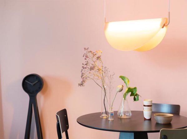 Lampa wisząca Rani różowa Zuiver