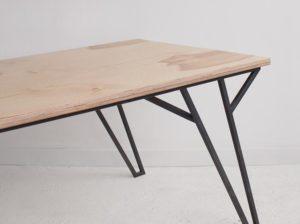 Stół jadalniany Lit Wood Republic